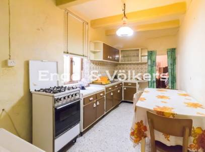 Double fronted Townhouse for sale in Zejtun
