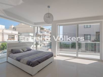 Brand New Luxury Apartment With Terrace