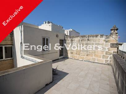 Duplex Maisonette Roof & Airspace in Floriana