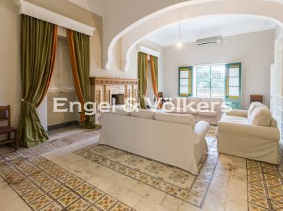 5 bedrooms Palazzo in Tarxien for rent