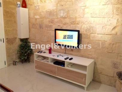 Modern Terraced House to Let in Sliema