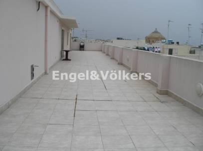 3 bedroom Penthouse in Mosta for rent