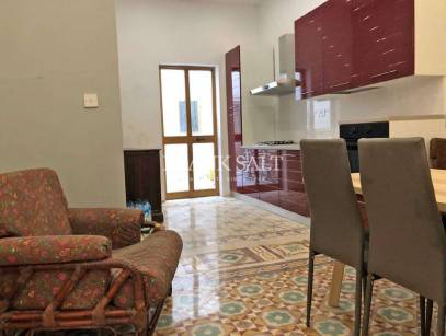 Cospicua, Furnished Town House