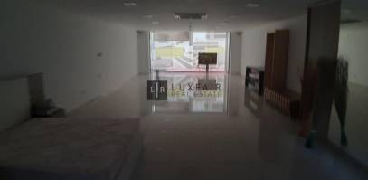 Catering (commercial), Mosta